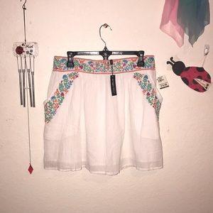 Spíaggía Dolce Floral Embroidered Skirt 💐